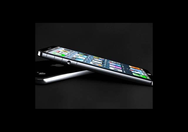 iPhone 5S Çift Kamera Kayıt Özelliğiyle Birlikte Gelecek