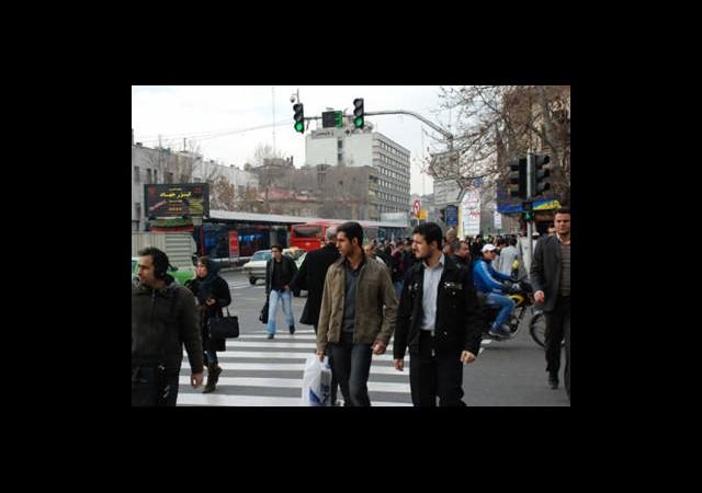 İran Nüfusunu Katlamak İstiyor