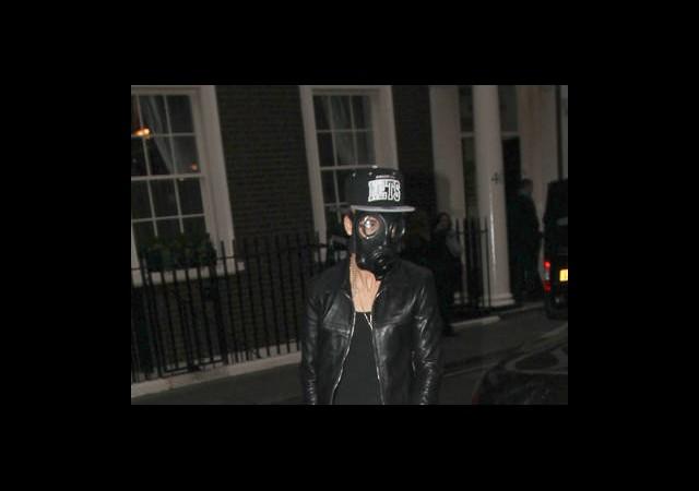 Bieber Gazı Maskesi!
