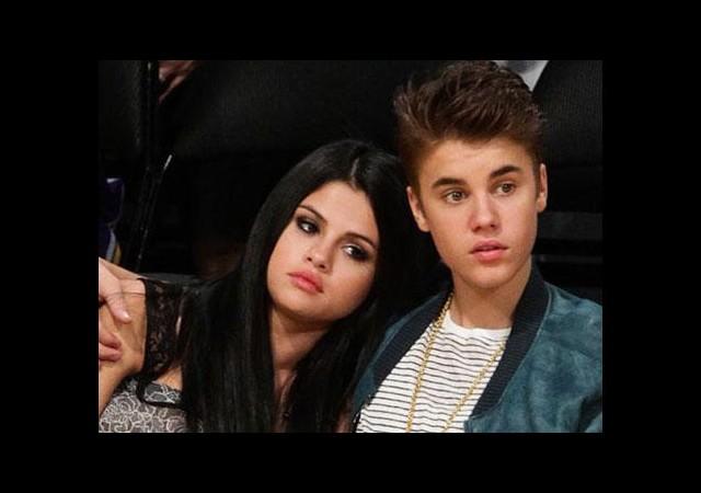 Justin ve Selena dans salonunda mı öpüştü?