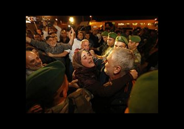 Serbest Bırakılan 9 Lübnanlı Beyrut'ta