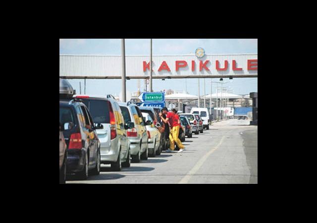 Trafik Borcu Olan Sınırdan Çıkamayacak