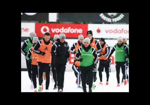 İngiltere seferi öncesi Beşiktaş'a darbe