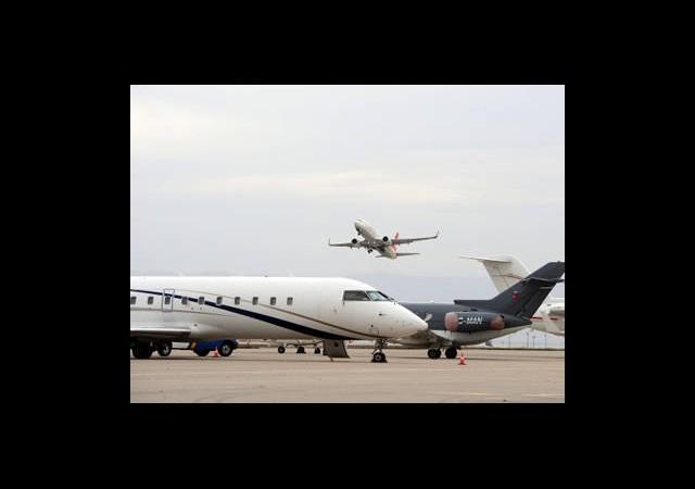 Uçağın Kargosunda İran'a Gitti