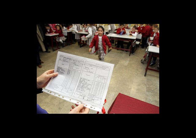 17 Milyon Öğrenciyi Karne Heyecanı Sardı