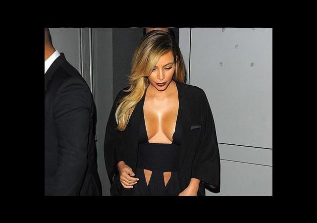 Kim Kardashian bunalımda mı?