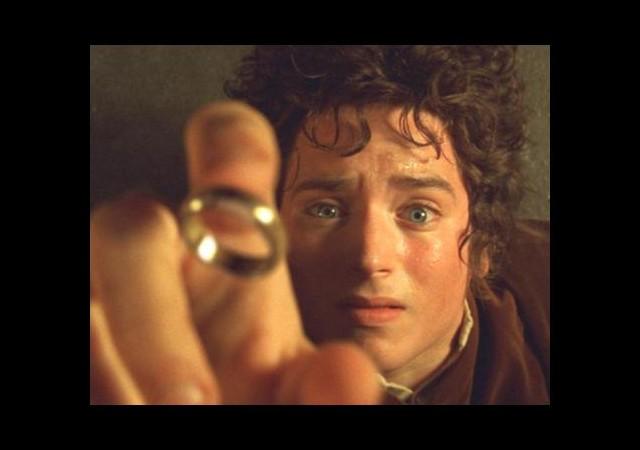 Frodo bakın hangi türkücünün hayranı çıktı