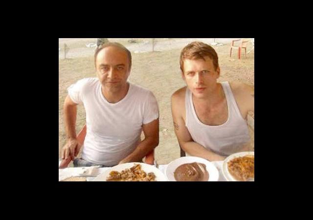 Yılmaz Erdoğan'ın Başı Kıvanç Hayranlarıyla Dertte!
