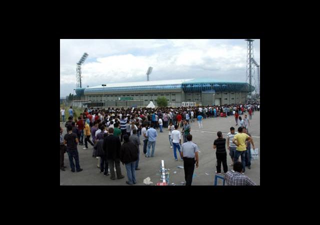 Erzurum'da Hedef Futbol Ve Kamp Merkezi Olma