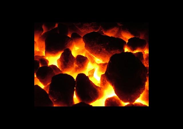 Yoksul Ailelere Yarım Ton Ücretsiz Kömür