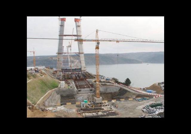 3.Köprü bağlantı yollarında inşaat durdu