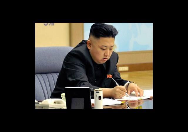 Kuzey Kore'yi Anonymous Vurdu!