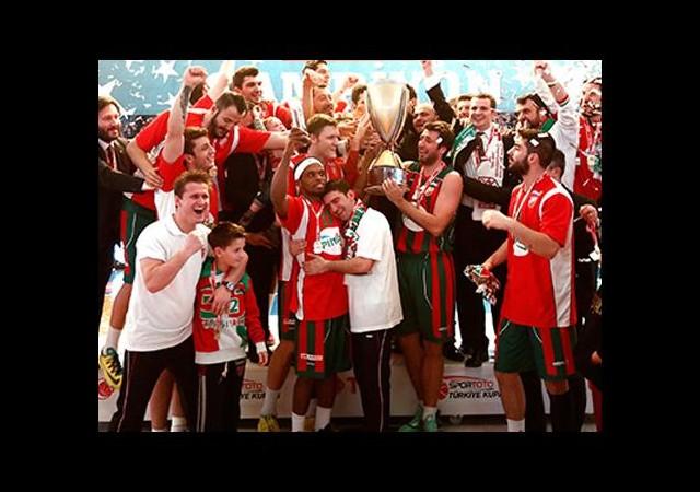 Basketbolda tarihi zafer!