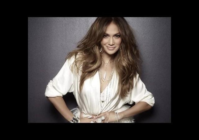 Jennifer Lopez eski sevgililerini 'boğdu'