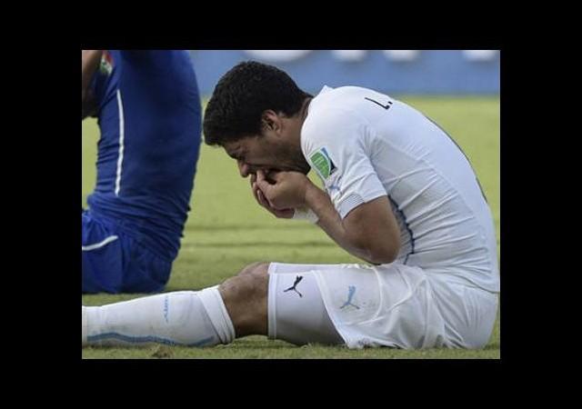 Suarez'e bir şok da Barcelona'dan