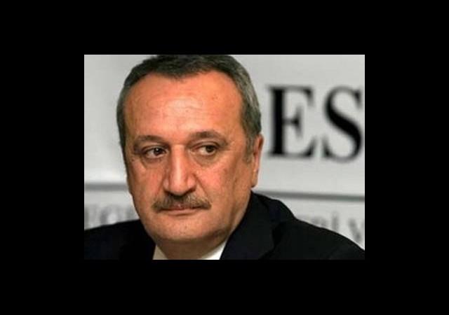 Mehmet Ağar da Çıkıyor