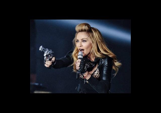 Madonna'ya 10 Milyon Dolarlık Dava!