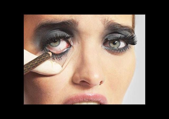 Erkeklerin Gözünden Makyaj Hataları