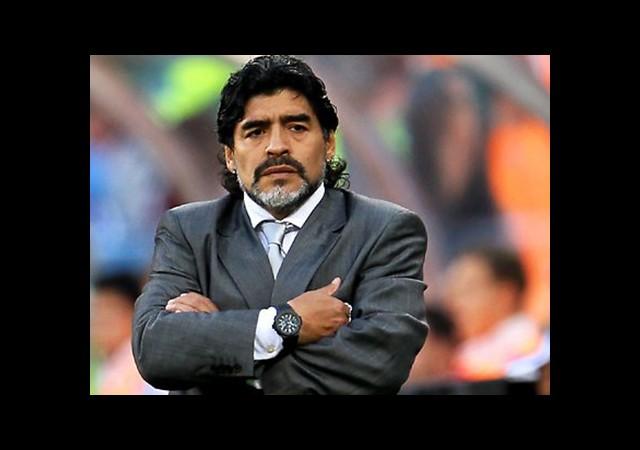 Maradona'ya '39 Milyon Euro Öde' İhtarı