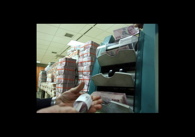 Kredi Masraflarına 3,2 Milyar Lira Ödedik
