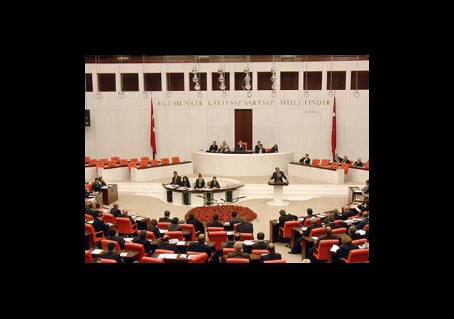 Meclis'ten 13 İle Büyükşehir Vizesi