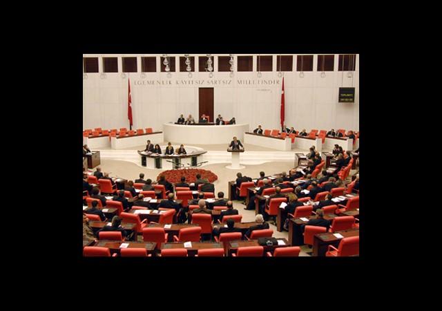 Meclis Yasa Dışı Dinlemelere El Koydu