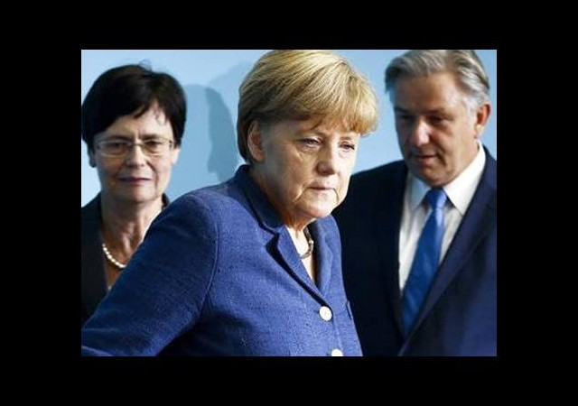 Angela Merkel'i panik sardı