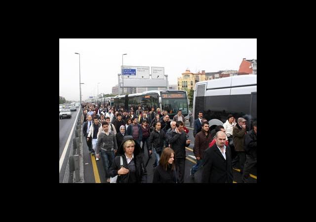 Metrobüs Çilesi Ne Zaman Bitecek?