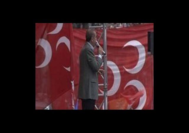 MHP'den Bayrakla İlgili Suç Duyurusu!