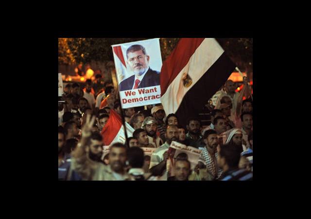 Mısır'da 'Asıl Terör Darbedir' Gösterileri