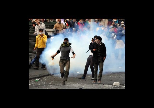 Siyasi Anlaşmazlık Şiddeti Pekiştirdi