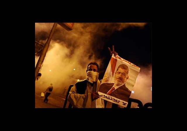 Mısır'da Gaz Bombalı Müdahale