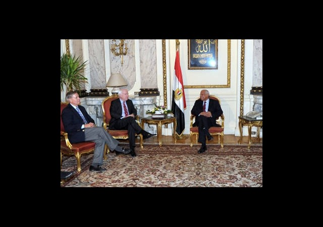 ABD'li Senatörler Mısır'da