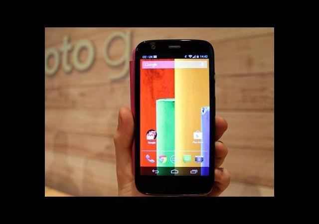 Moto G en fazla satılan akıllı telefonu oldu!