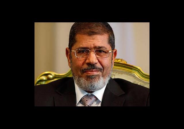 Mursi'nin Gözaltı Süresi Uzatıldı!