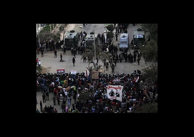 Mursi'nin EviKuşatıldı
