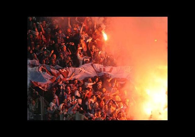 Dünyaca ünlü taraftar grubu Trabzonspor taraftarını örnek alıyor