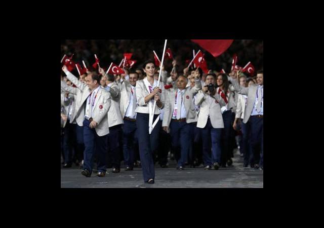 Olimpiyat Kafilesi Londra'dan Ayrıldı