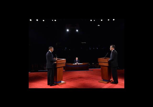 Obama ve Romney TV'de İlk Kozlarını Paylaştı