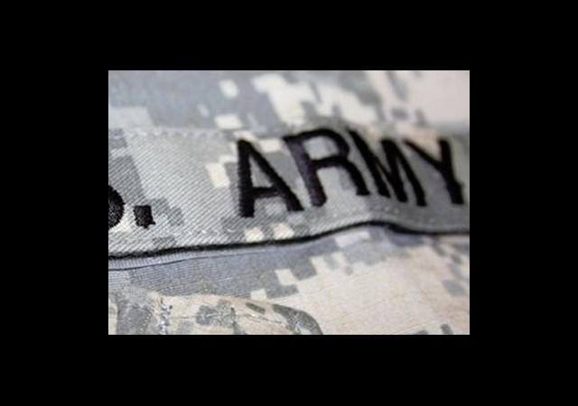 Askerler Üniformalarıyla İletişim Kuracak