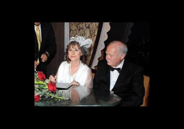 Şehzade Osmanoğlu Sarayda Evlendi