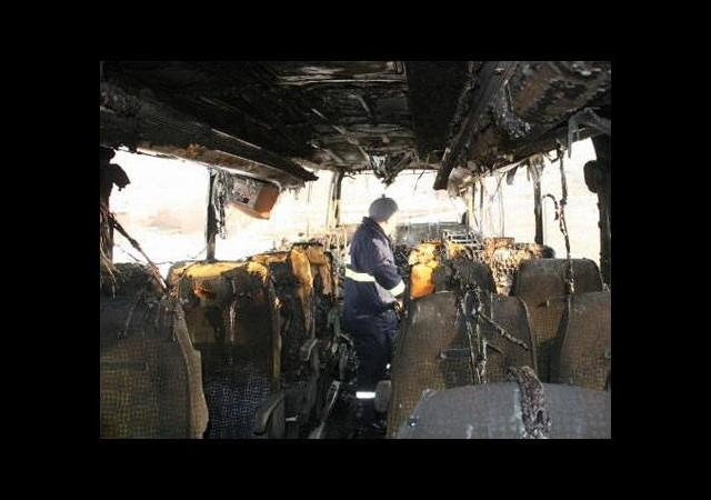 Yolcu otobüsü yandı, 28 yolcu ölümden döndü