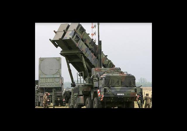 Almanya'dan 2 Patriot Ve 400 Askere Onay