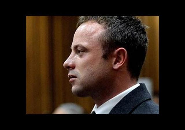 Pistorius mahkemede istifra etti