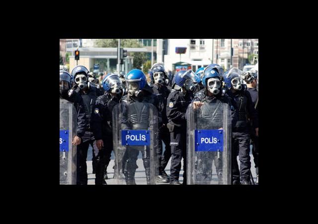 İstanbul Polisinde Tayin ve İzinler Durdu!