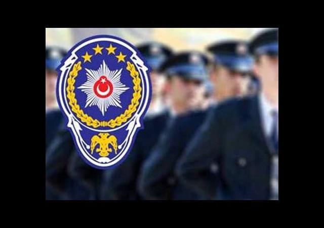 Aranan polis teslim oldu
