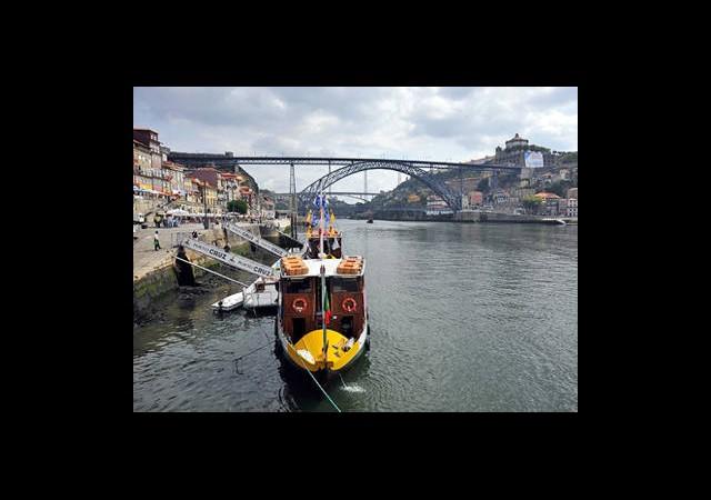 Portekiz'de Ev Alana Oturma İzni