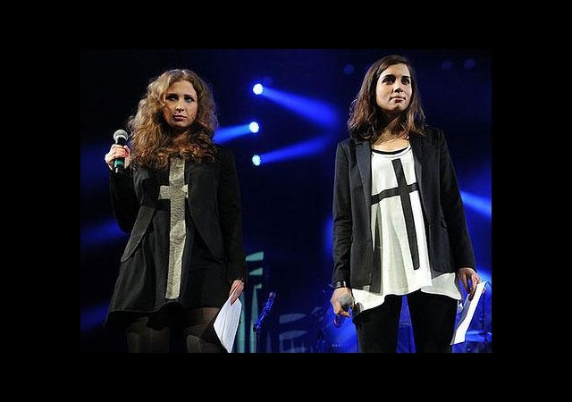 Madonna ile Pussy Riot aynı sahnede