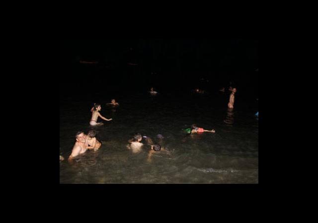 Rize'de Orucunu Açan Plaja Koşuyor