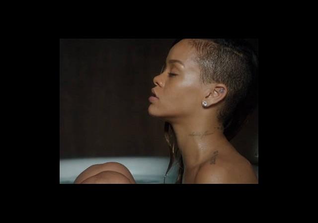 Rihanna, Bieber'ı Tahtından Etti!